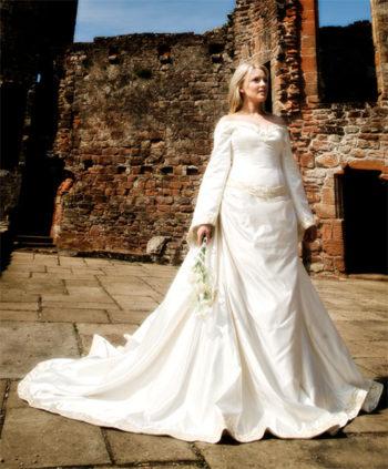платье невесты мода Средневековья