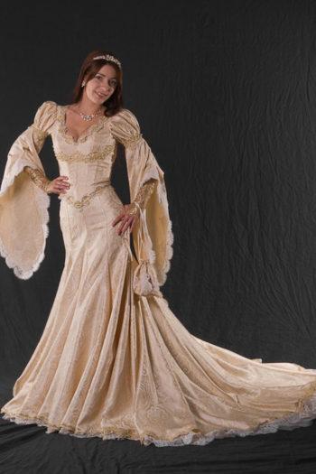 стилизованное платье Средневековья