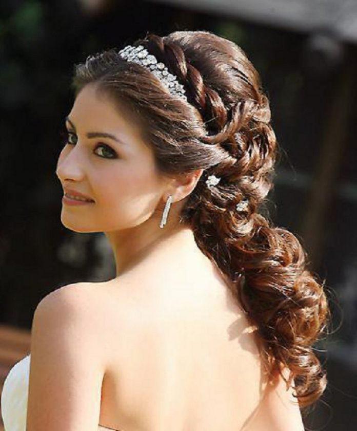 греческая коса прическа фото гостиную
