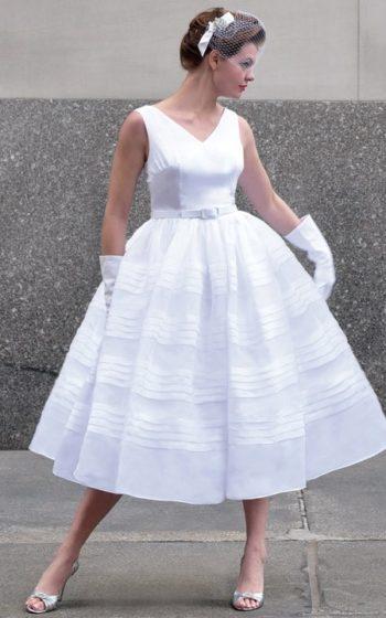 фасон платья в стиле 50-х годов