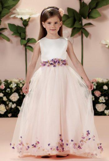 платье с украшениями в виде цветов