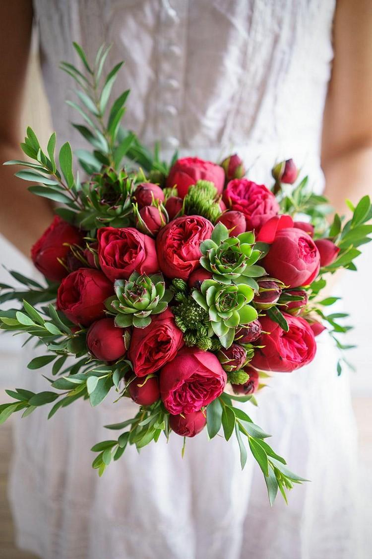 Свадебный букет зелено-красный