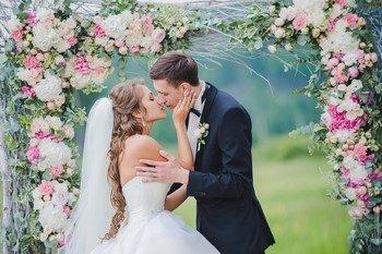 Красная горка 2019 года – свадьба и венчание на праздник