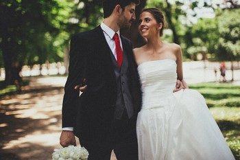 Как не ошибиться и правильно выбрать мудрые поздравления на свадьбу?