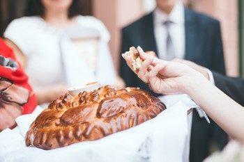 Свадебные караваи – традиции, не выходящие из моды