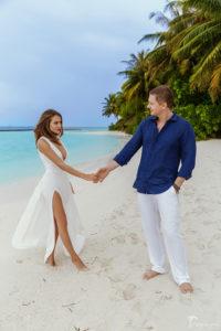 Наряд на свадьбу на Мальдивах