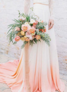 Невеста на персиковой свадьбе