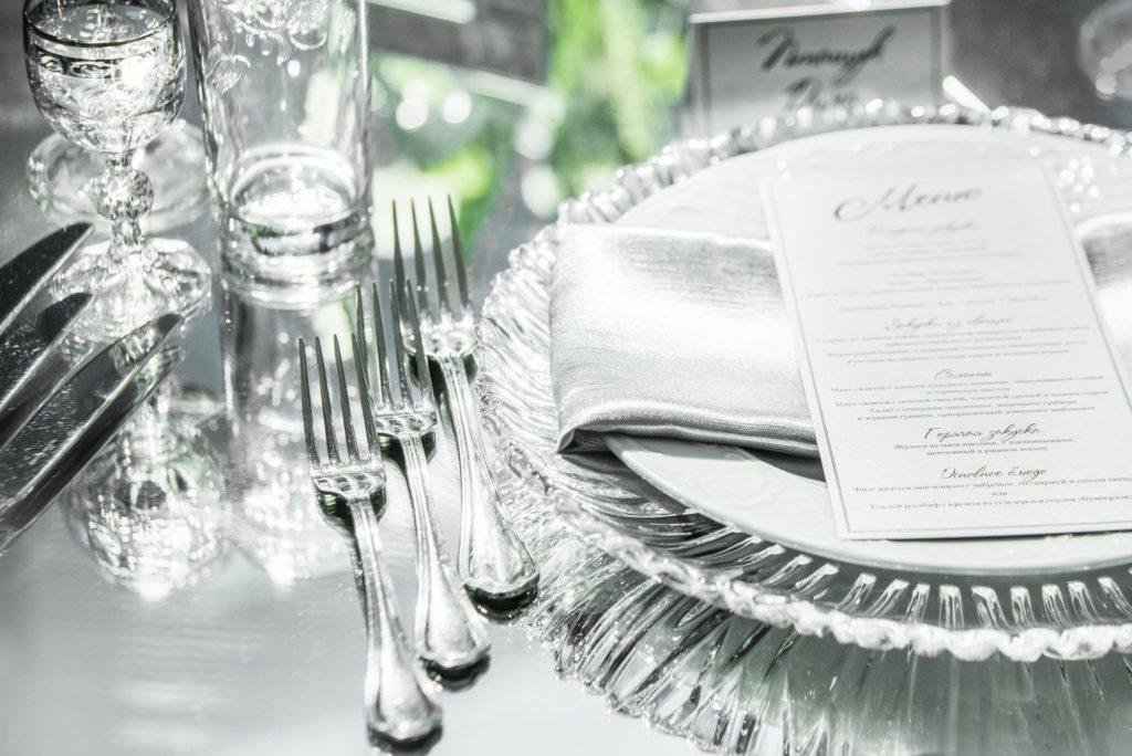 Столовые приборы на юбилей хрустальной свадьбы