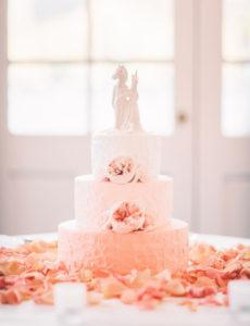 Свадебный торт на персиковую свадьбу
