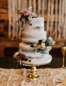 Деревенский торт на свадьбу