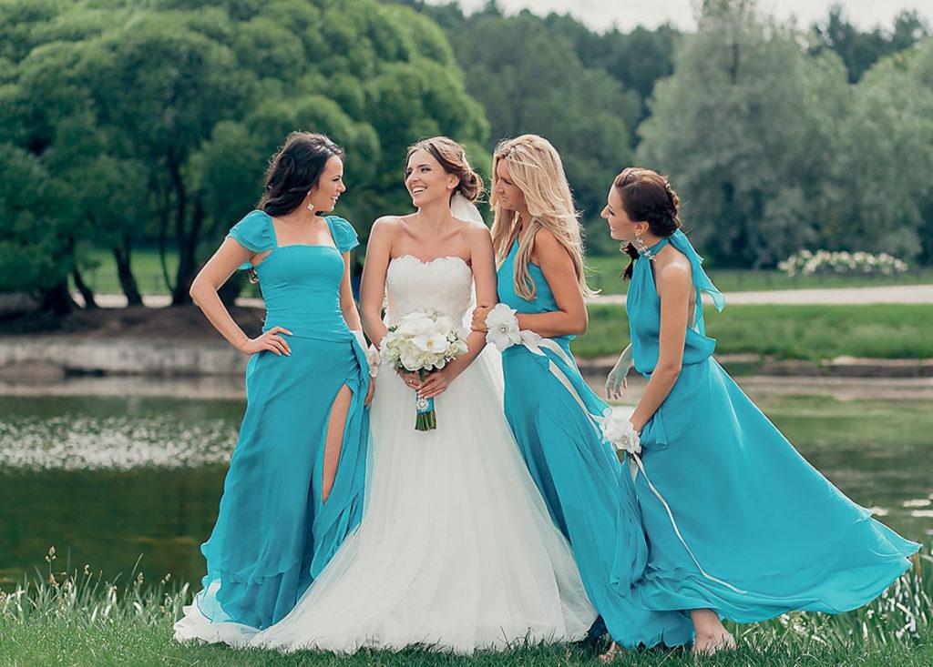 Наряд подружек невесты на бирюзовую свадьбу