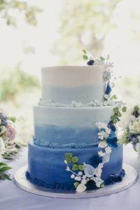 Оригинальный торт на бирюзовую свадьбу
