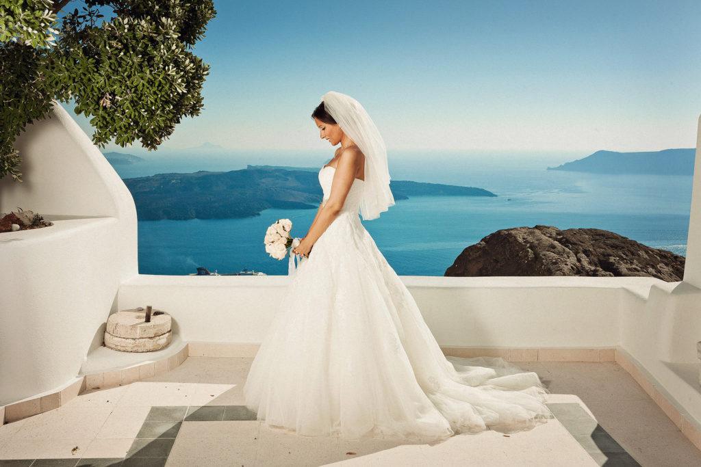 Платье невесты на свадьбе в Греции