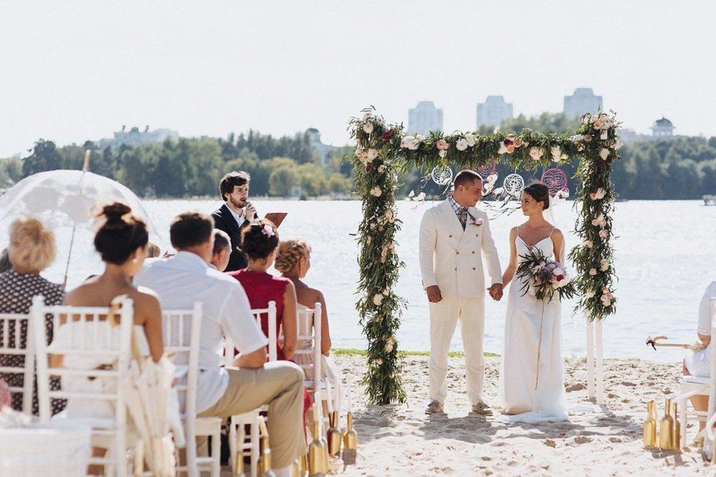 Свадьба на природе на пляже