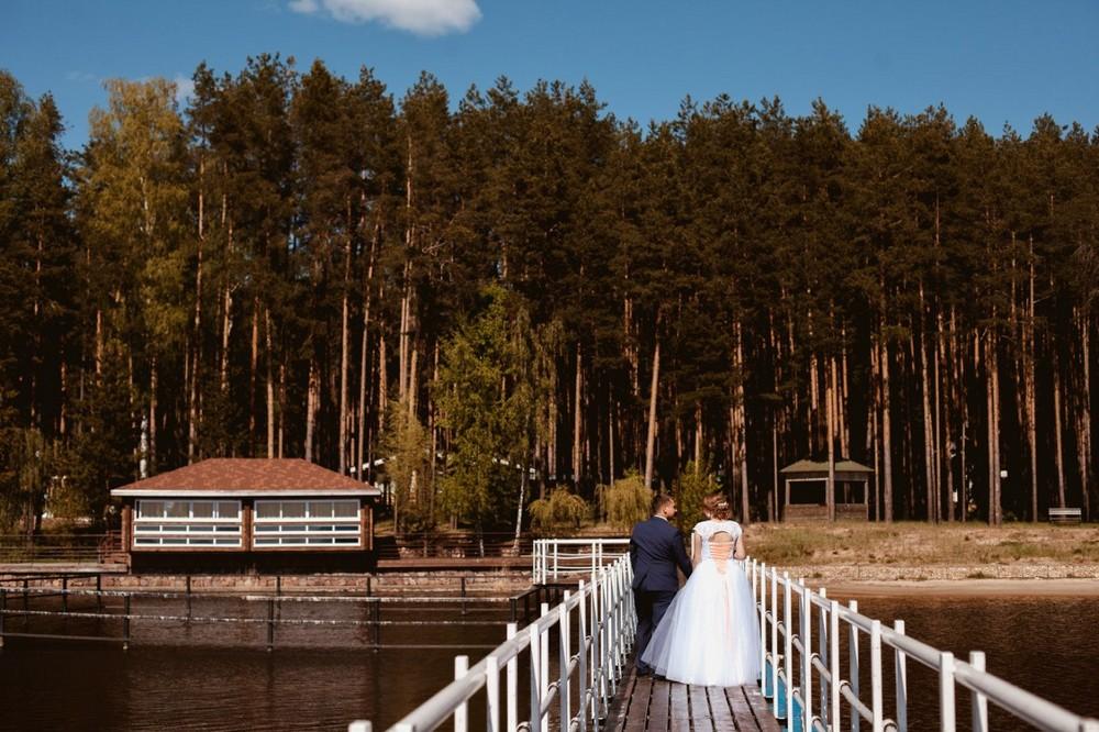 Свадьба на природе на туристической базе