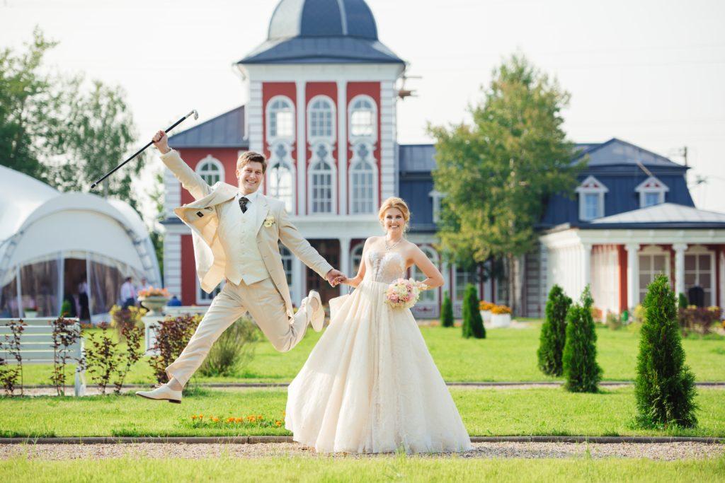 Свадьба на природе в дворянском стиле