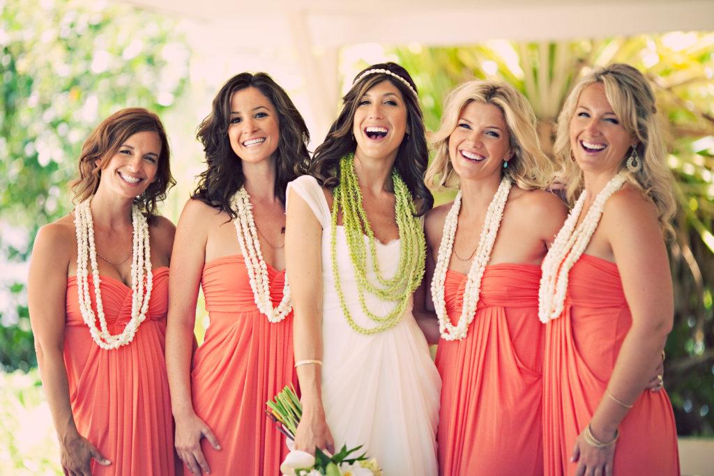 Свадьба на природе в гавайском стиле