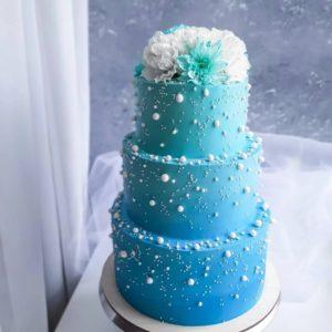 Свадебный торт бирюзового цвета